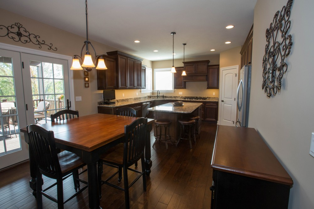 Custom built homes: Kitchen and Dining Room Photo Gallery