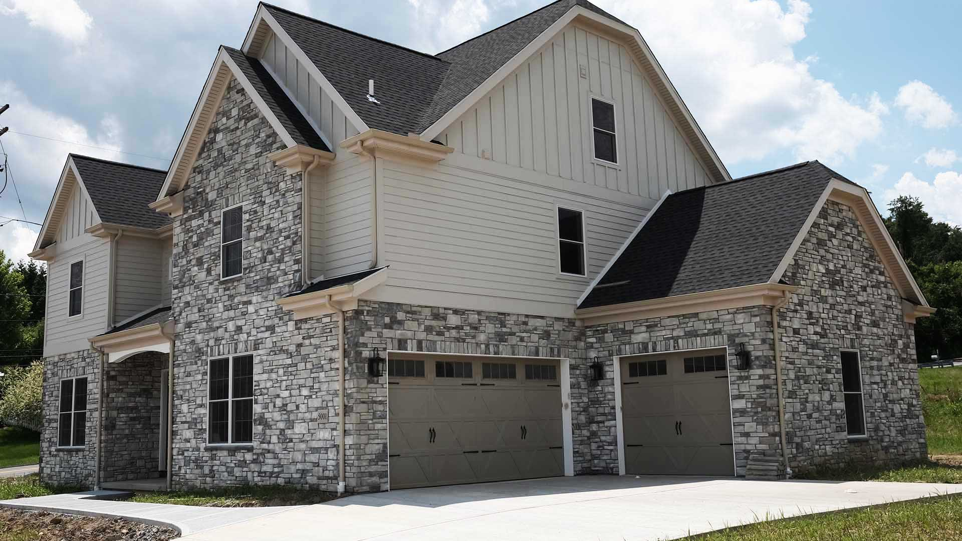 exterior elevation garage- Parkside Meadows model